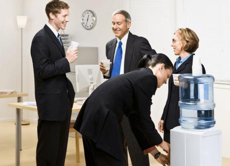 Acqua per ufficio e aziende